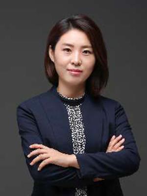 杨丽萍律师